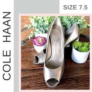 🌟 Cole Haan 🌟 Metallic Heels (size 7.5)